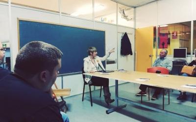 Lourdes Ciuró en la seva trobada amb els veïns i veïnes de la Concòrdia | Junts per Sabadell