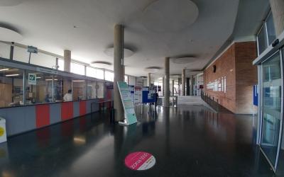 Entrada de la facultat de la UAB de Sabadell | Pere Gallifa