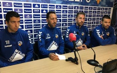 Compareixença dels quatre capitans del club | Pau Vituri