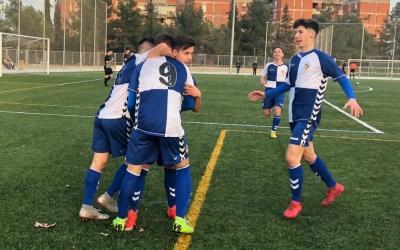 El juvenil arlequinat celebra un gol de Jandro a Olímpia contra el Jàbac | Cedida