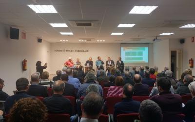 La Bosch i Cardellach plena per escoltar el debat | Pere Gallifa