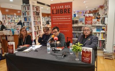 Presentació del llibre 'Entre Ítaca i Icària' a La Llar del Llibre | Pere Gallifa