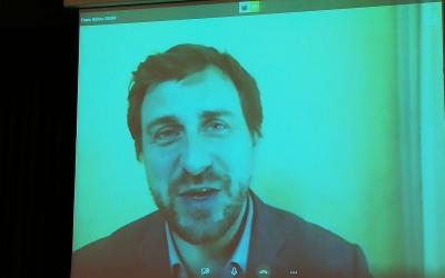 Comín durant la conferència des de Bèlgica | SBDxI