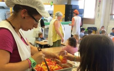 L'Ajuntament dedica 427.000 euros a les beques menjador