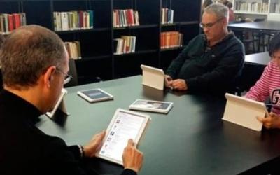 La Diputació de Barcelona ha facilitat tauletes a totes les biblioteques/ Cedida