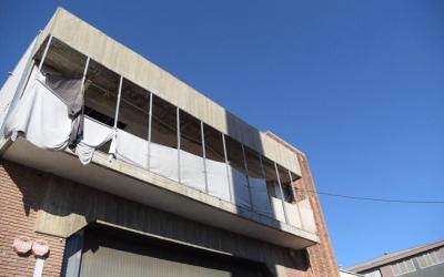 Imatge de la nau industrial on vivien alguns dels detinguts |Roger Benet