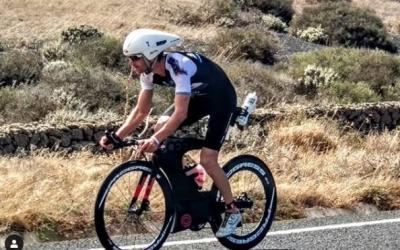 Blanchart va patir molt en el segment ciclista, afectat especialment pel vent. | Instagram