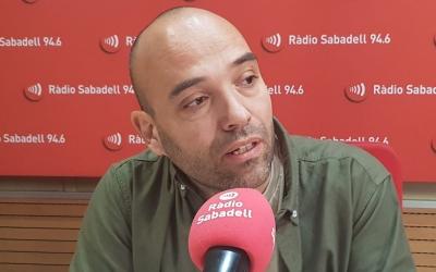 Joan Berlanga, candidat de Sabadell en Comú, als estudis de Ràdio Sabadell