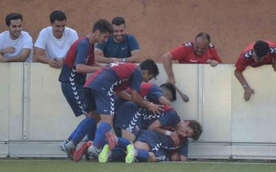 El conjunt de Carlos López va certificar la permanència davant del Mataró. | Roger Benet