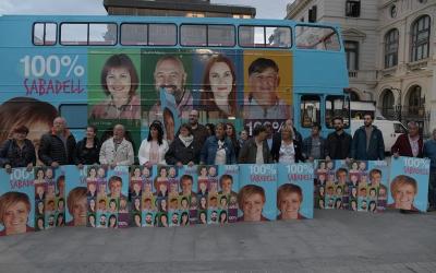 La candidatura amb l'autobús de 100% Sabadell | Roger Benet