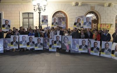 Els republicans començant campanya a la plaça Sant Roc | Roger Benet