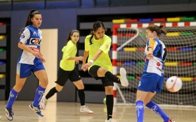 El Futbol Sala Sabadell Femení acumula dues victòries seguides a casa, però encara no ha guanyat a domicili. | FCF