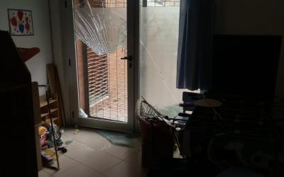 Una de les portes trencades | Cedida La Baldufa