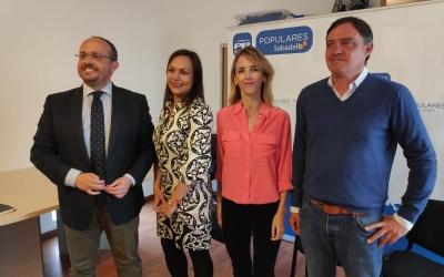 Alejandro Fernández, Cuca Santos, Cayetana Álvarez de Toledo i Esteban Gesa | Pau Duran