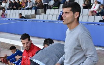 Antonio Hidalgo va assaborir el seu segon triomf des que entrena el Centre d'Esports el passat cap de setmana contra el Castellón. | Críspulo Díaz