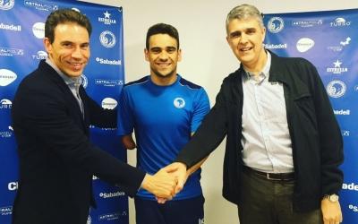 El Club Natació Sabadell va anunciar la renovació de Salguero la setmana passada. | @CN_Sabadell