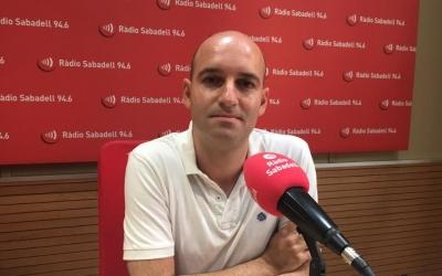 Adrián Hernández, als estudis de Ràdio Sabadell/ Mireia Sans