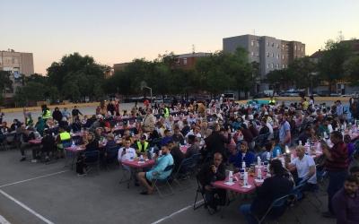 Moment de l'iftar, abans de la pregària | Ràdio Sabadell