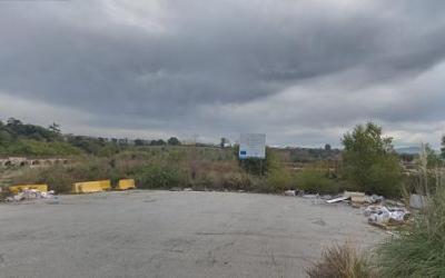 El solar és molt visible des de l'accés a Sabadell per la C-58 | Google Maps