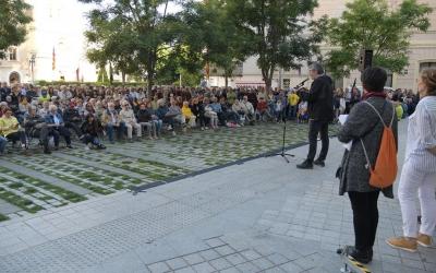 L'actor Jep Barceló, durant la lectura del manifest | Roger Benet