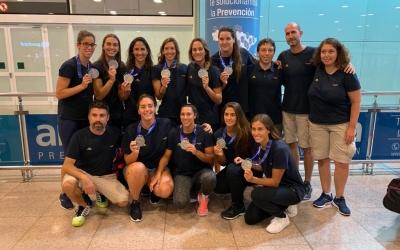 Foto de família de l'equip femení a la tornada de Corea | RFEN