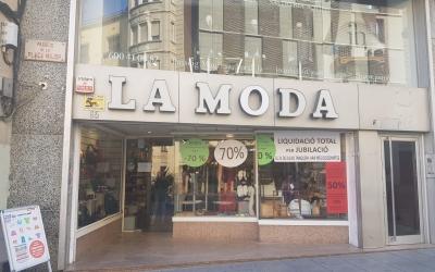 La botiga La Moda, al Passeig Manresa   Raquel Garcia