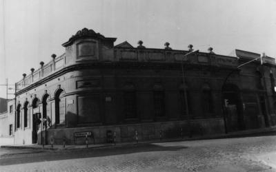 Vista de l'edifici el 1983 | Isabel Argany i Comas