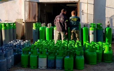 Imatge de les bombones de gas freó intervingudes/ Mossos d'Esquadra