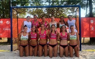 Equip femení de la UB campió d'Europa d'handbol platja | Esports UB
