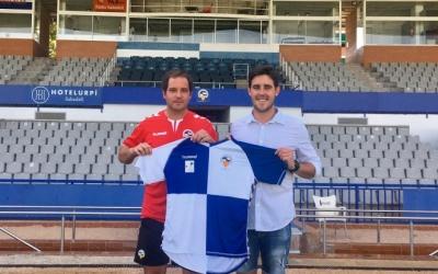 Miki Lladó agafa les regnes del Juvenil 'A' del Centre d'Esports en substitució de Jaume Milà. | CE Sabadell