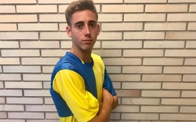 Jandro lluint la samarreta del seu nou club | Sabadell Nord