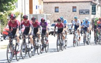 Imatge del Team Ineos a la Vuelta a Burgos amb De la Cruz (segon) a les seves files. | Vuelta a Burgos