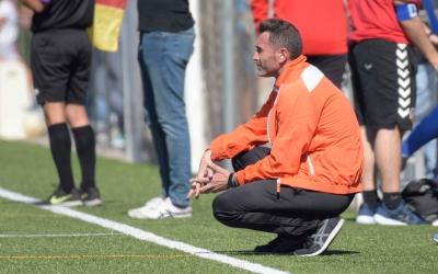Jesús Rueda 'Betis' confia que la gespa del Municipal de la Creu estigui a punt per a l'inici de lliga. | Roger Benet