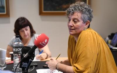 Oliveras amb la premsa de la comarca   Cedida