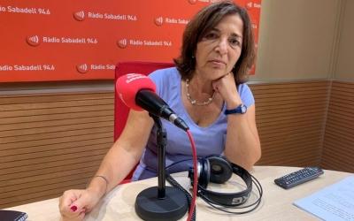 Mercè Calvet als estudis de Ràdio Sabadell | Arxiu Ràdio Sabadell