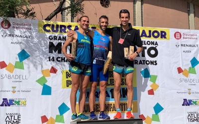 Podi de la categoria masculina de la Mitja Marató   Pau Vituri
