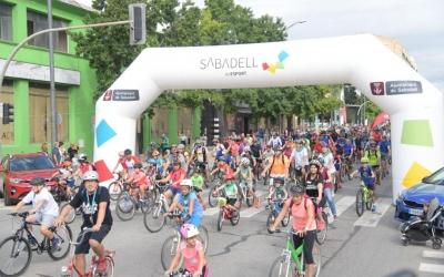 Sortida de la bicicletada de Festa Major | Roger Benet