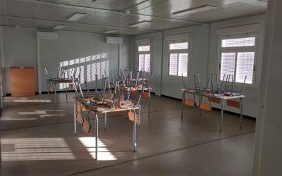 Interior dels barracons de l'institut Narcisa Freixas | Pere Gallifa