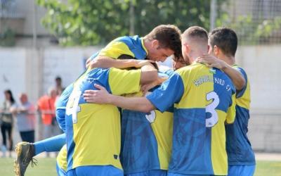 Els jugadors arlequinats celebren el primer gol d'ahir | Pau Vituri