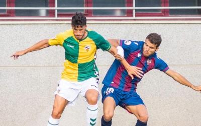 Néstor Querol ha estat l'assistent del primer gol | Levante UD