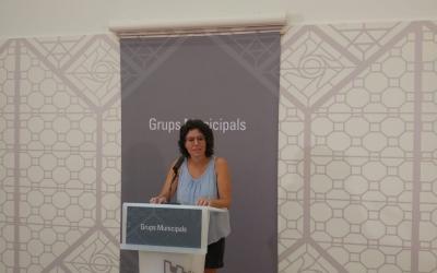 Marta Morell presentant la moció | Ràdio Sabadell