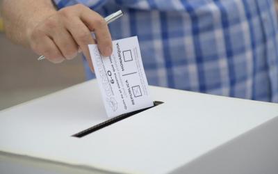 Votacions sobre Monarquia o República del 6-O | Roger Benet