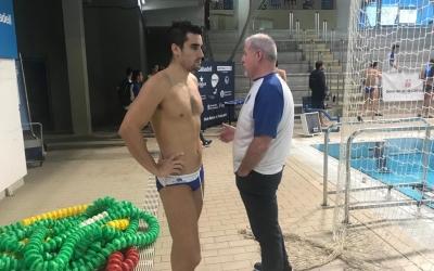 Lorrio, conversant amb Quim Colet el dia del debut a la lliga | Adrián Arroyo