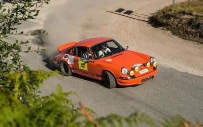 Giralt, copilotant el Porsche de l'edició de l'any passat | Manuel Carvalho