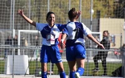 Carla Miguel celebrant el definitiu 4-3 contra el Júpiter | Críspulo Díaz