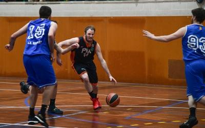 Oriol Andrés, amb un partit amb el Bàsquet Pia | Roger Benet