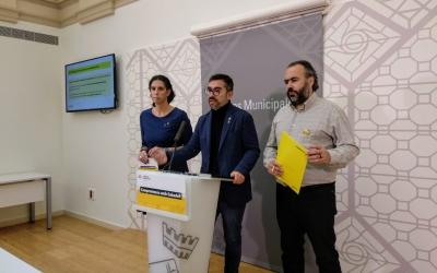 Èlia Soriano-Costa, Gabriel Fernández i Raül Garcia Barroso en roda de premsa | Helena Molist