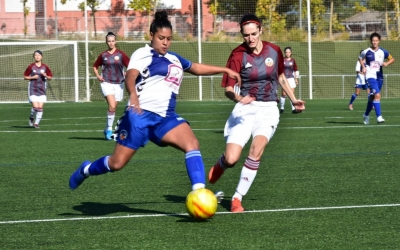 El Sabadell femení suma dues victòries consecutives i surt de la zona de descens | Críspulo Díaz