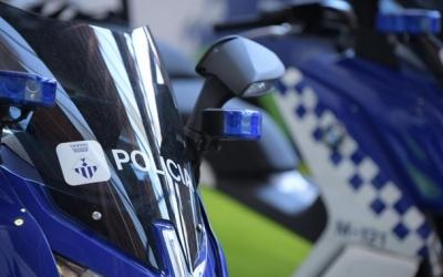 Més de 50 multes per posar fre a les curses il·legals de cotxes a Can Roqueta | Roger Benet
