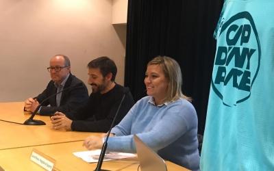 A l'acte hi han assistit Benet Heredia, director regional del Banc Sabadell, Aleix Muñío, director de la cursa, i Laura Reyes, regidora d'esports | Adrián Arroyo